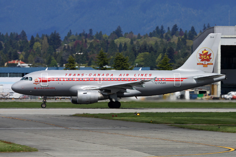 "C-FZUH Airbus A319-114 c/n 0711 Vancouver/CYVR/YVR 27-04-14 ""Retro"" c/s"