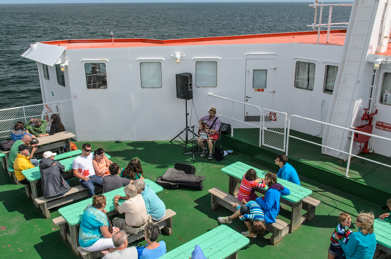 Live music on the ferry to Caribou.
