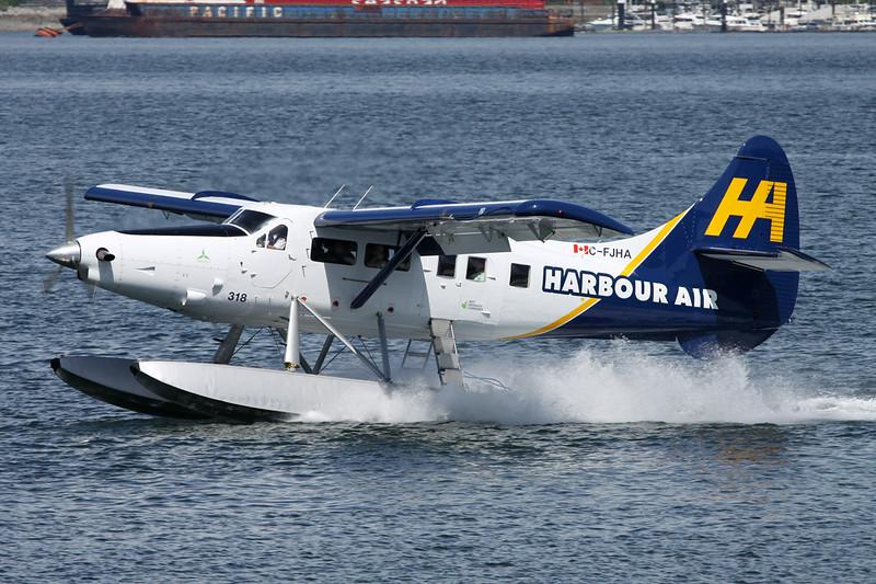 """C-FJHA de Havilland Canada DHC-3T Turbo Otter """"Harbour Air"""" c/n 393 Vancouver-Harbour/CYHC/CXH 30-04-14"""