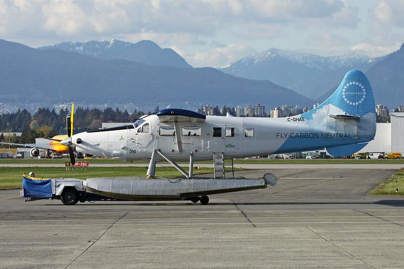 "C-GHAS de Havilland Canada DHC-3T Turbo Otter ""Harbour Air"" c/n 284 Vancouver/CYVR/YVR 28-04-14"