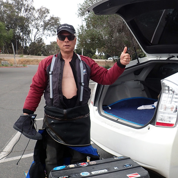 Jim Rosenburg, gearing up for Pt. Loma diving<br /> Dana Landing<br /> May 4, 2019