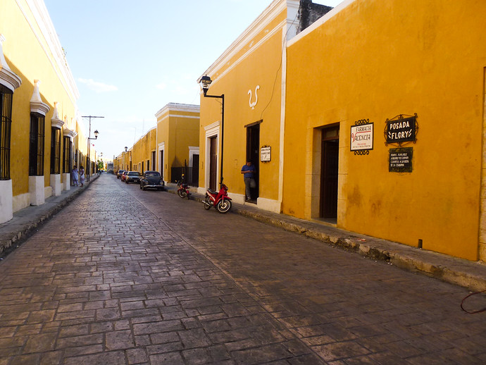 streets of izamal mexico