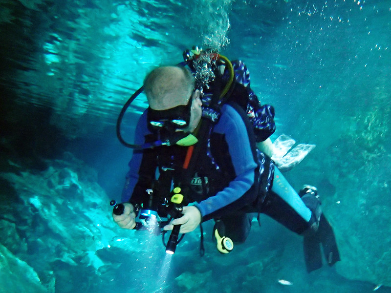 Scott<br /> Tajma Ha Cenote