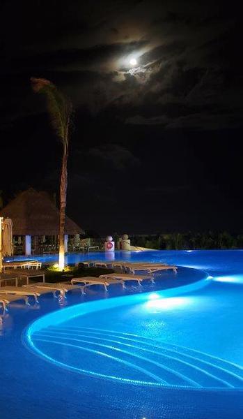 Le Blanc infinity pool, under a full moon.<br /> Photo by Scott Warner