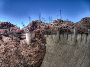 hoover dam electrical lines