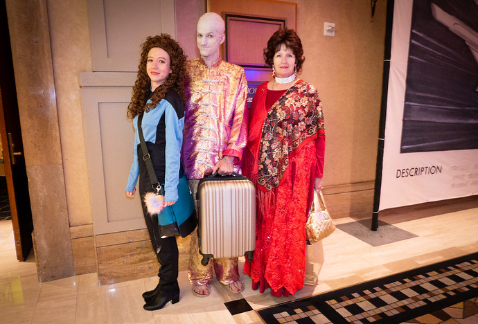 troi family cosplay