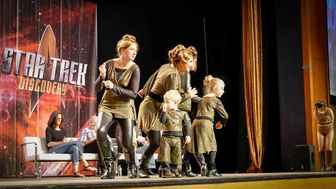 klingon family cosplay las vegas 2017