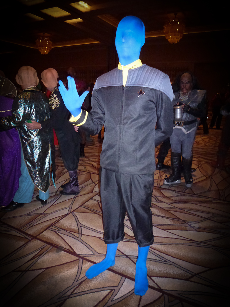 blue alien star trek las vegas 2013