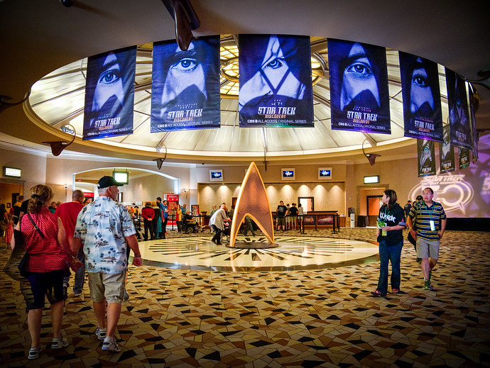 What To Expect At Your First Creation Las Vegas Star Trek Convention