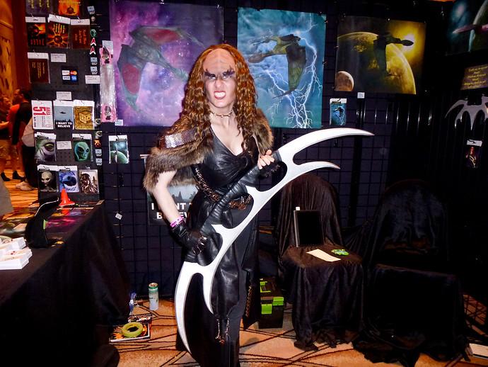 klingon female with batleth