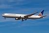 N76055 Boeing 767-424ER c/n 29450 Los Angeles/KLAX/LAX 08-03-04 (35mm slide)