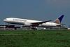 N78001 Boeing 777-224ER c/n 27577 Amsterdam/EHAM/AMS 22-04-05 (35mm slide)
