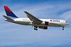 N107DL Boeing 767-232 c/n 22219 Las Vegas/KLAS/LAS 10-03-04 (35mm slide)