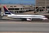 N385DN Boeing 737-832 c/n 30348 Phoenix-Sky Harbor/KPHX/PHX 12-03-04 (35mm slide)