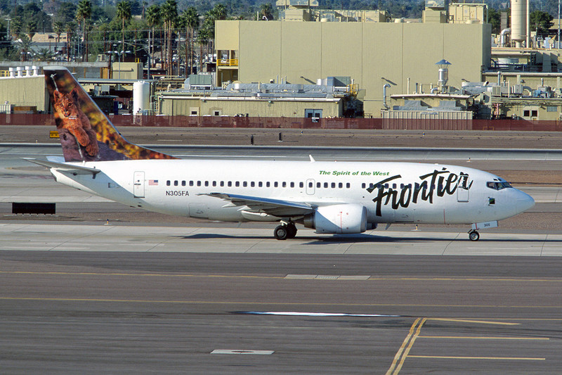 "N305FA Boeing 737-36Q c/n 28662 13-03-04 Phoenix-Sky Harbor/KPHX/PHX ""Baby Lynx"" (35mm slide)"