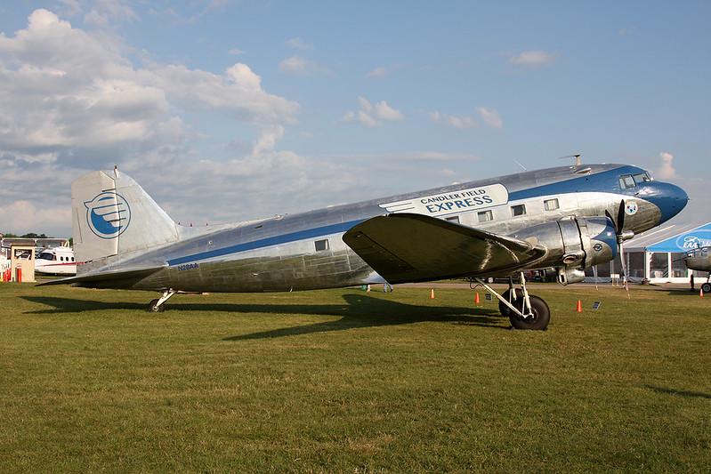 "N28AA Douglas DC-3A ""Candler Field Express"" c/n 2239 Oshkosh/KOSH/OSH 27-07-16"
