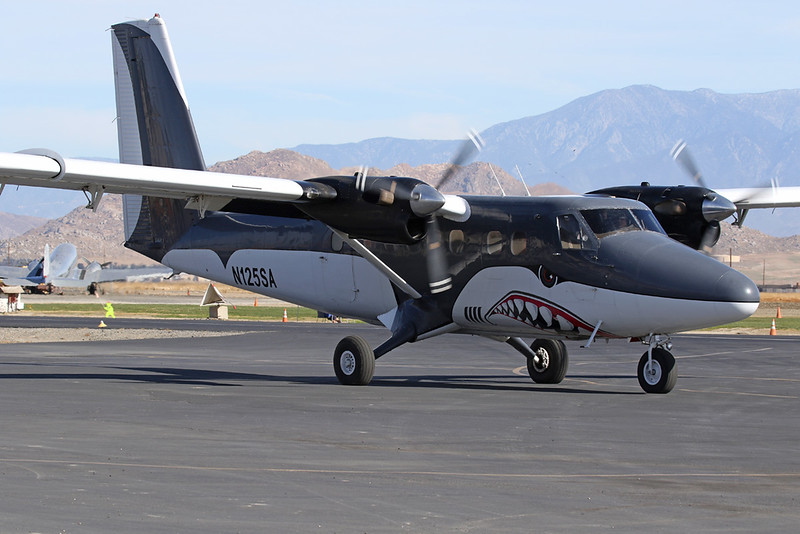 N125SA de Havilland Canada DHC-6-100 Twin Otter c/n 104 Perris 27-01-18