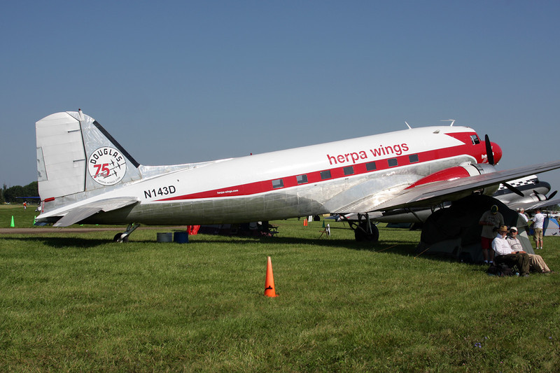 "N143D Douglas DC-3A ""Academy Airlines"" c/n 2054 Oshkosh/KOSH/OSH 29-07-10 ""Herpa Wings"""