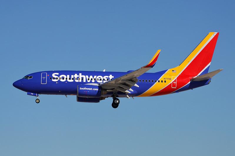 N7711N Boeing 737-76N c/n 32657 Las Vegas-McCarran/KLAS/LAS 13-11-16