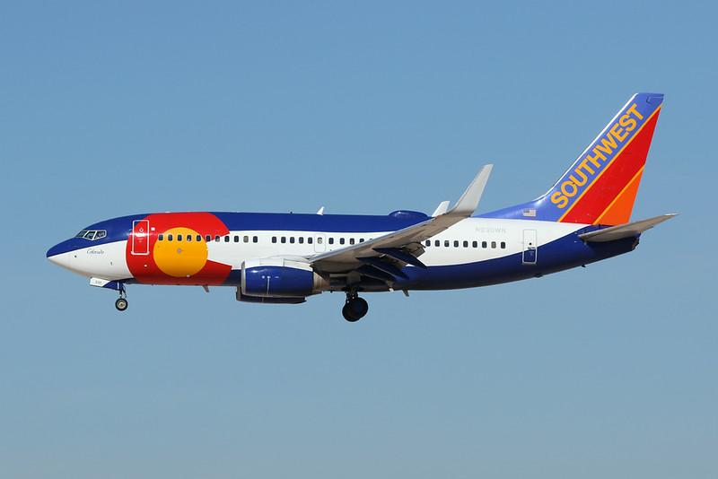 """N230WN Boeing 737-7H4 c/n 34592 Las Vegas-McCarran/KLAS/LAS 05-02-18 """"Colorado"""""""