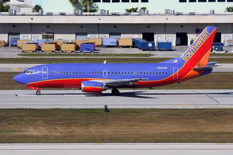 N692SW Boeing 737-3T5 c/n 23062 Fort Lauderdale-International/KFLL/FLL 02-12-08