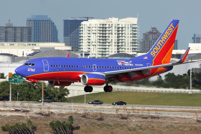 """N929WN Boeing 737-7H4 c/n 36631 Fort Lauderdale-International/KFLL/FLL 06-12-08 """"Southwest Loves Kids"""""""