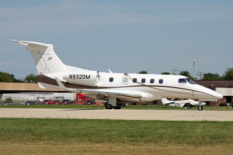 N932DM Embraer EMB-505 Phenom 300 c/n 50500142 Oshkosh/KOSH/OSH 30-07-16