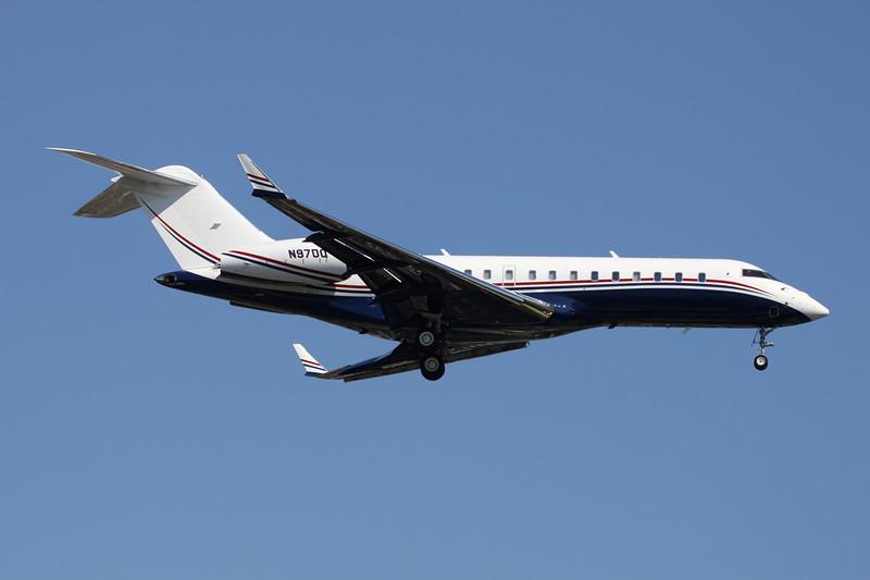 N97DQ Bombardier Global Express BD-700-1A10 c/n 9095 Paris-Le Bourget/LFPB/LBG 10-06-15