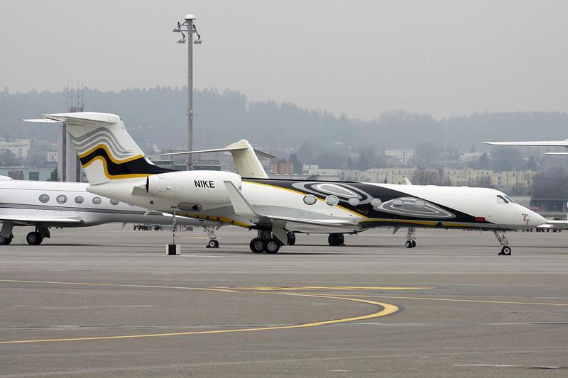 N1KE Gulfstream G5 c/n 574 Zurich/LSZH/ZRH 26-01-12