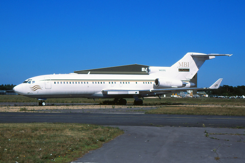 "N400RG Boeing 727-27 ""MBI Aviation"" c/n 19149 Bournemouth/EGHH/BOH 14-07-06 (35mm slide)"