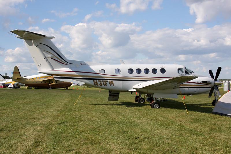 N31FM Beech B200 Super King Air c/n BB-869 Oshkosh/KOSH/OSH 01-08-13