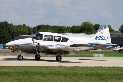 N99AJ Piper PA-23-160 Apache G c/n 23-1943 Oshkosh/KOSH/OSH 01-08-13