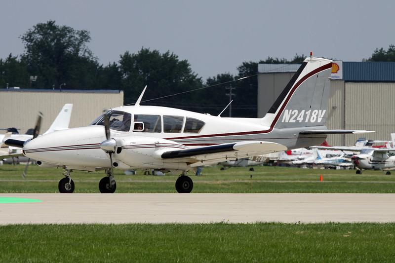 N2418V Piper PA-23-250 Aztec c/n 27-81 Oshkosh/KOSH/OSH 29-07-10