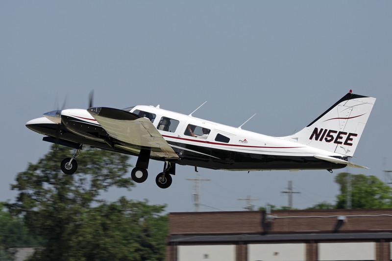 N15EE Piper PA-34-200T Seneca III c/n 34-8133054 Oshkosh/KOSH/OSH 29-07-10