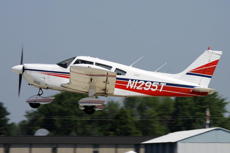 N1295T Piper PA-28-180 Cherokee G c/n 28-7205278 Oshkosh/KOSH/OSH 29-07-10