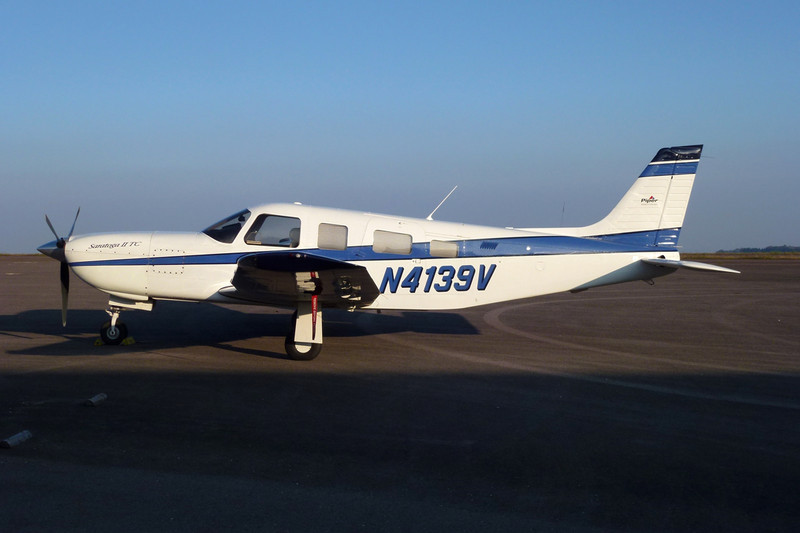 N4139V Piper PA-32R-301T Saratoga IITC c/n 32-57085 Dijon-Darois/LFGI 04-10-11