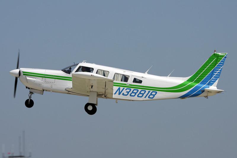 N38818 Piper PA-35R-300 Lance c/n 32R-7780475 Oshkosh/KOSH/OSH 29-07-10