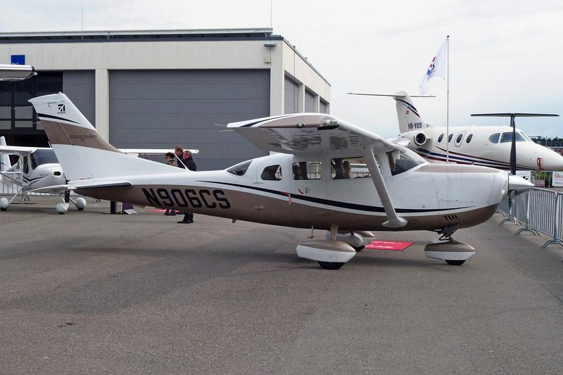 N906CS Cessna T.206H Turbo Stationair c/n T206-09000 Friedrichshafen/EDNY/FDH 20-04-12