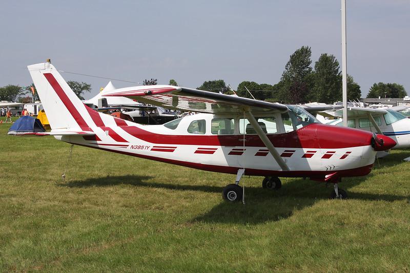 N3851Y Cessna 210D Centurion c/n 210-58351 Oshkosh/KOSH/OSH 27-07-10