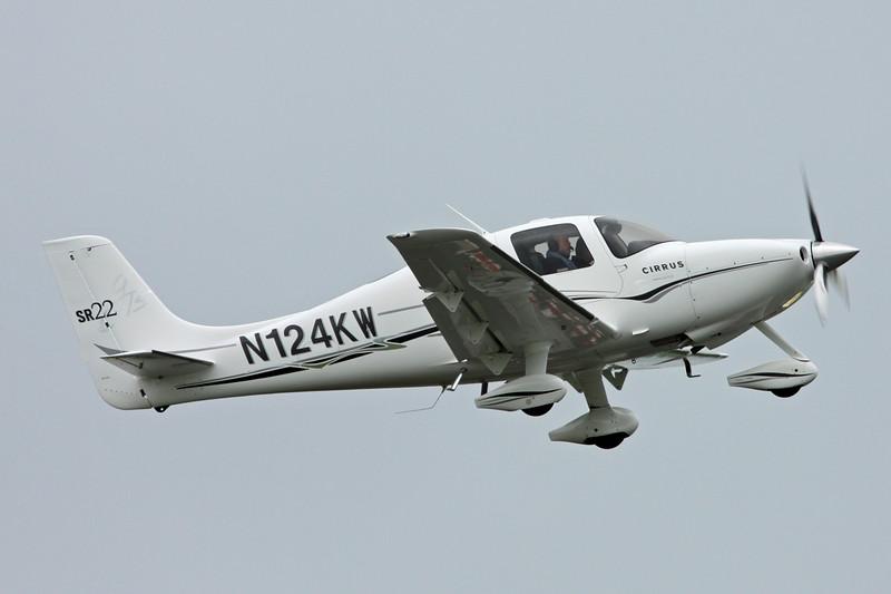 N124KW Cirrus Design SR-22 c/n 1566 Pontoise/LFPT/POX 03-06-16
