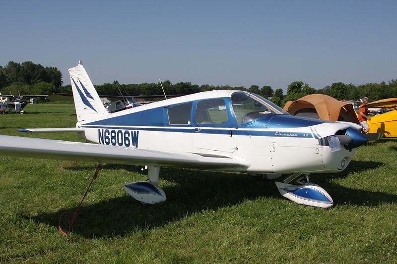 N6806W Piper PA-28-140 Cherokee c/n 28-20941 Oshkosh/KOSH/OSH 29-07-10