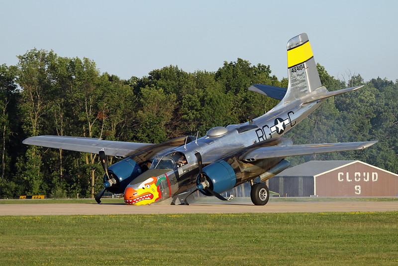 N99420 (434104/RG-C) Douglas A-26B Invader c/n 27383 Oshkosh/KOSH/OSH 25-07-16