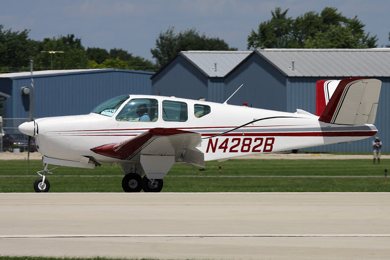 N4282B Beech F35 Bonanza c/n D-4345 Oshkosh/KOSH/OSH 28-07-10