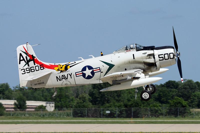 N39606 (39606/AH-500) Douglas A-1H Skyraider c/n 10838 Oshkosh/KOSH/OSH 26-07-16