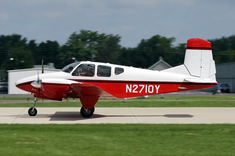 N2710Y Beech 95 Travel Air c/n TD-45 Oshkosh/KOSH/OSH 28-07-10
