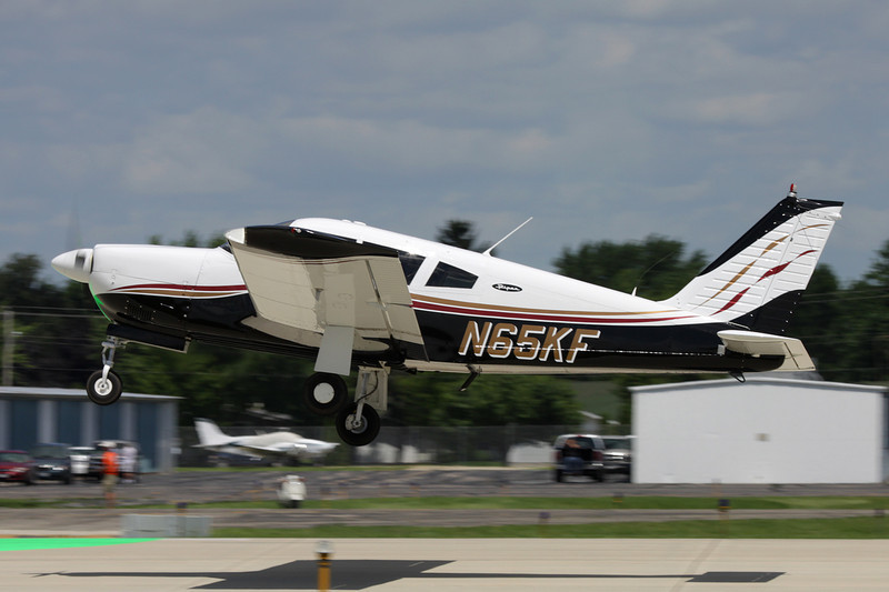 N65KF Piper PA-28R-180 Cherokee Arrow c/n 28R-30906 Oshkosh/KOSH/OSH 28-07-10