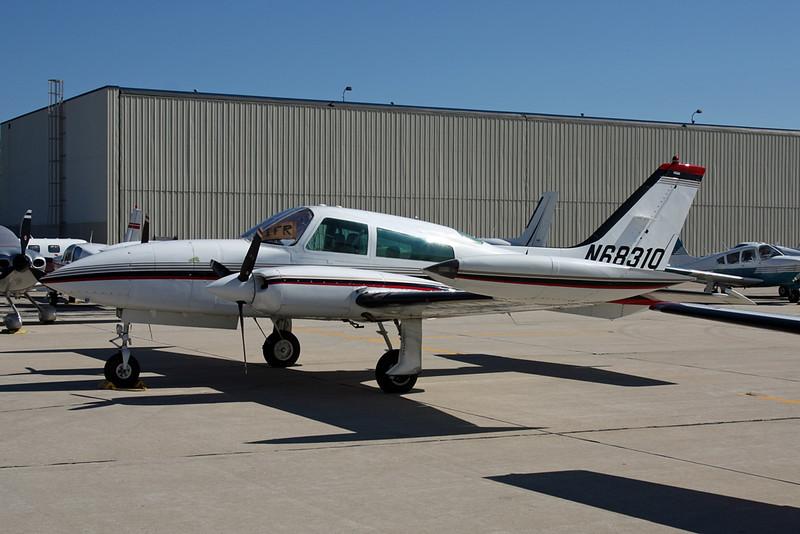 N68310 Cessna 310R c/n 310R-1614 Oshkosh/KOSH/OSH 25-07-16