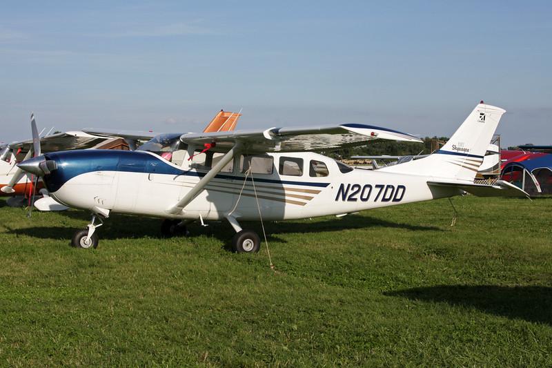 N207DD Cessna 207 c/n 207-00049 Oshkosh/KOSH/OSH 26-07-10