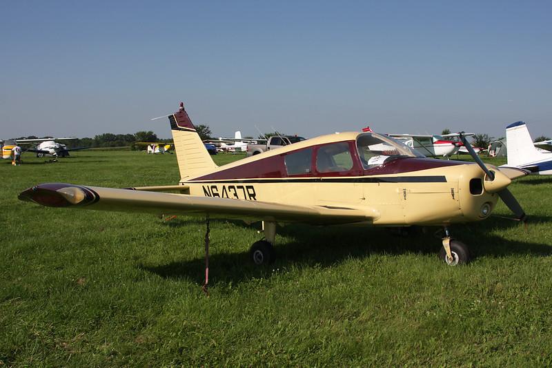 N6437R Piper PA-28-140 Cherokee c/n 28-21618 Oshkosh/KOSH/OSH 29-07-10