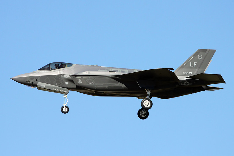 "13-5065 (LF) Lockheed Martin F-35A Lightning II ""United States Air Force"" c/n AF-71 Luke/KLUF/LUF 17-11-16"